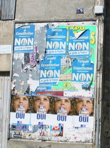 Affiches Oui Non 2005